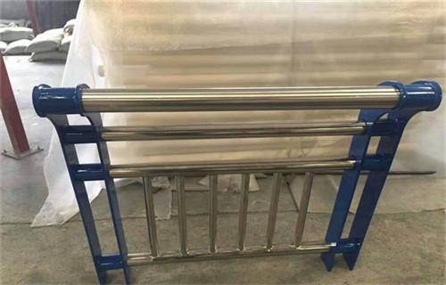 温州耐腐蚀的桥梁镀锌喷塑防撞栏杆产品详情