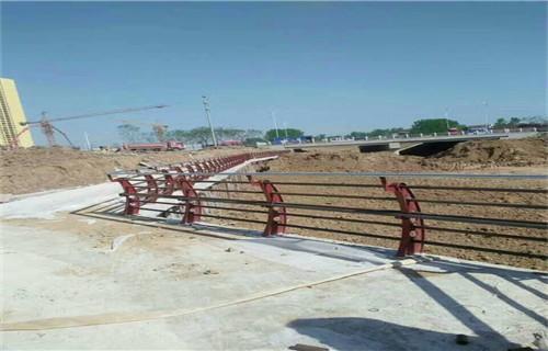温州强度高的304复合管景观河道护栏产品详情