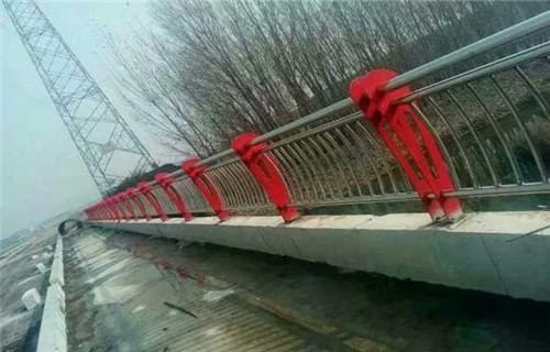 上海高速碳钢防撞护栏批发价