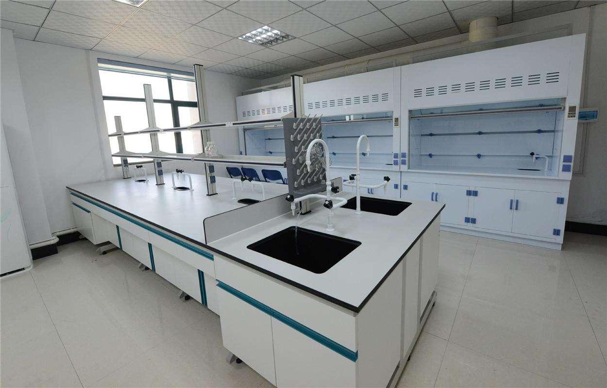现代实验室整体规划设计,设备生产,安装及售后服务于一体的现代化公司