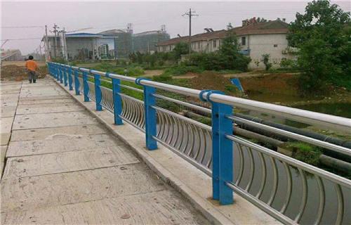 六安天桥不锈钢护栏杆质量上乘