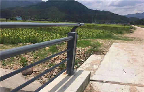北京304不锈钢复合管护栏物超所值