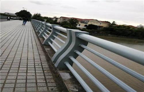 信阳不锈钢景观护栏杆厂家制造