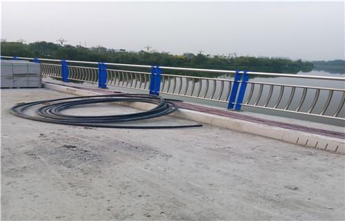 湖南304不锈钢复合管栏杆桥梁护栏