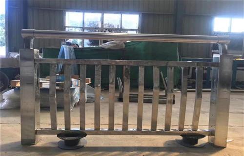 湖南桥梁不锈钢复合管栏杆厂家