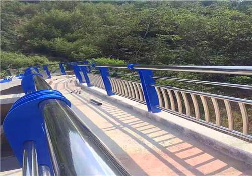 鹤岗不锈钢复合管桥梁护栏服务完善