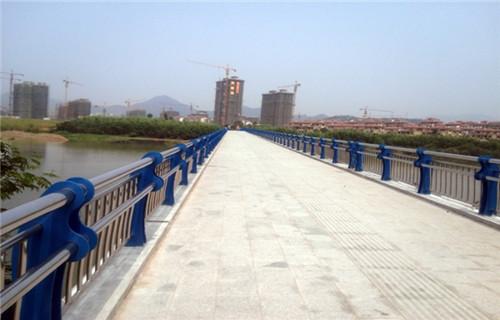 黔西南桥梁栏杆厂家灯光护栏价格护栏批发基地